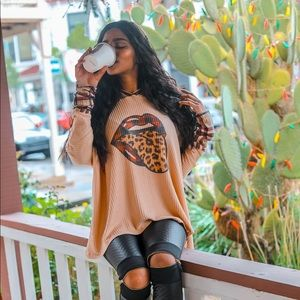 Tops - Rolling Stones tongue out leopard hooded top